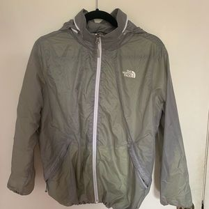 The north face woman green sports jacket
